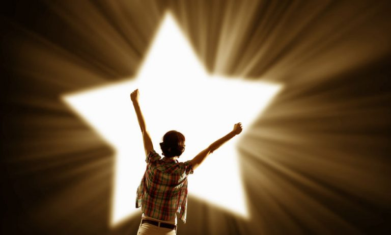 Seven Tips to Becoming a Star Academic Performer in College