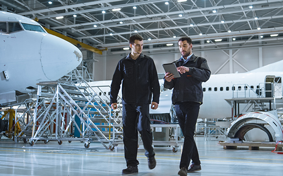 Read more about the article Aircraft Equipment Mechanics and Technicians