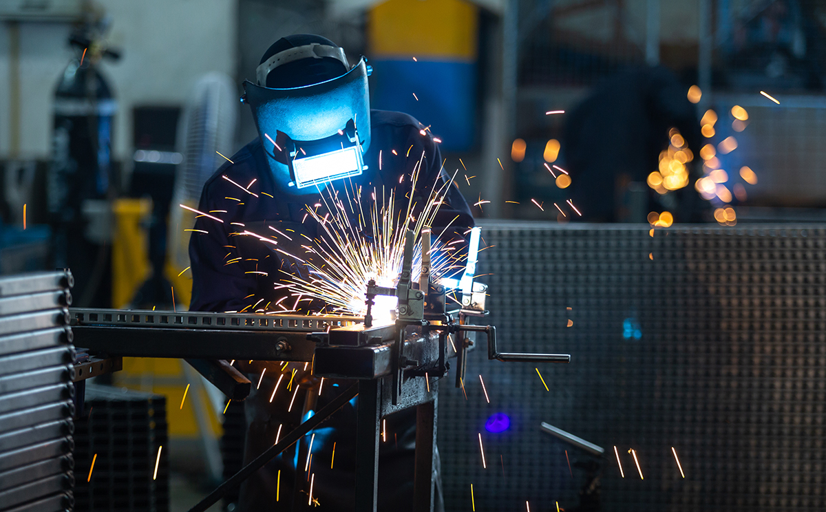 Read more about the article Welder